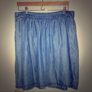 Soft chambray Madewell skirt, EUC
